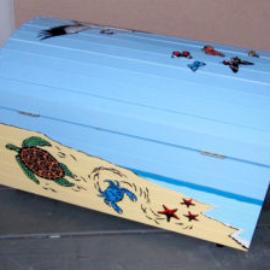 Chrissy Thirlaway, Pandora 2, Acrylic on wood, 92x60x60cm
